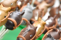 Melbourne Cup racing horse cake pops