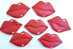 Red lips cookies for Dior