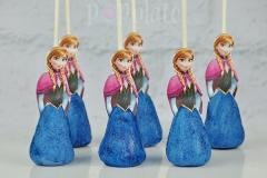 Anna cake pops
