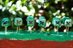 Mini Minecraft cake pops