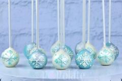 Snowflake cake pops