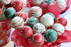 Christmas cake pop gift bouquet