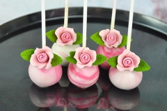 Mini rose cake pops
