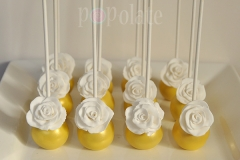 white-rose-cake-pops
