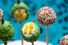 Durian cake pops