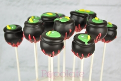 Halloween cauldron cake pops