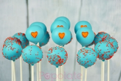 Giggle and Hoot cake pops