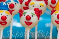 clown-cake-pops