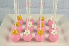 pink-gold-flower-cake-pop