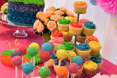 cake and cake pops