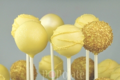 Light gold cake pops