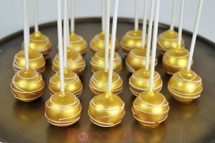 gold-white-cake-pops