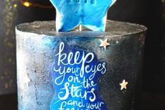 graduation-cake-blue-stars