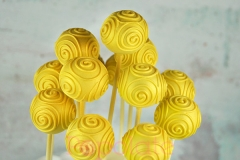 Gold swirls cake pop, Christmas bauble