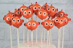 Baby Nemo cake pops